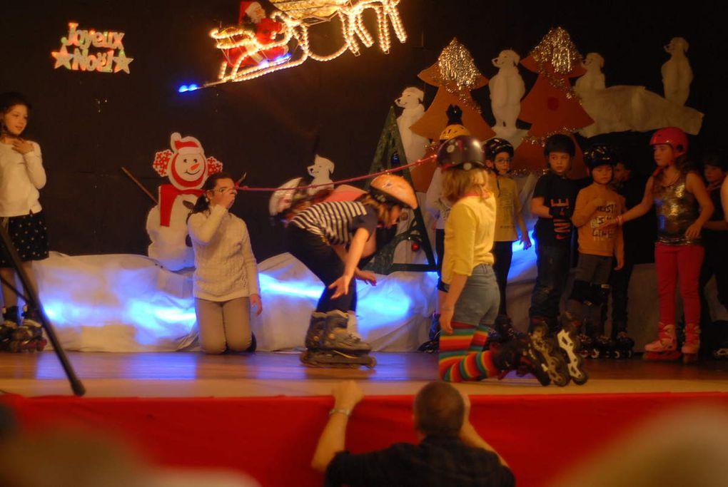 Pas facile de patiner sur une si petite scène!!!!!!!
