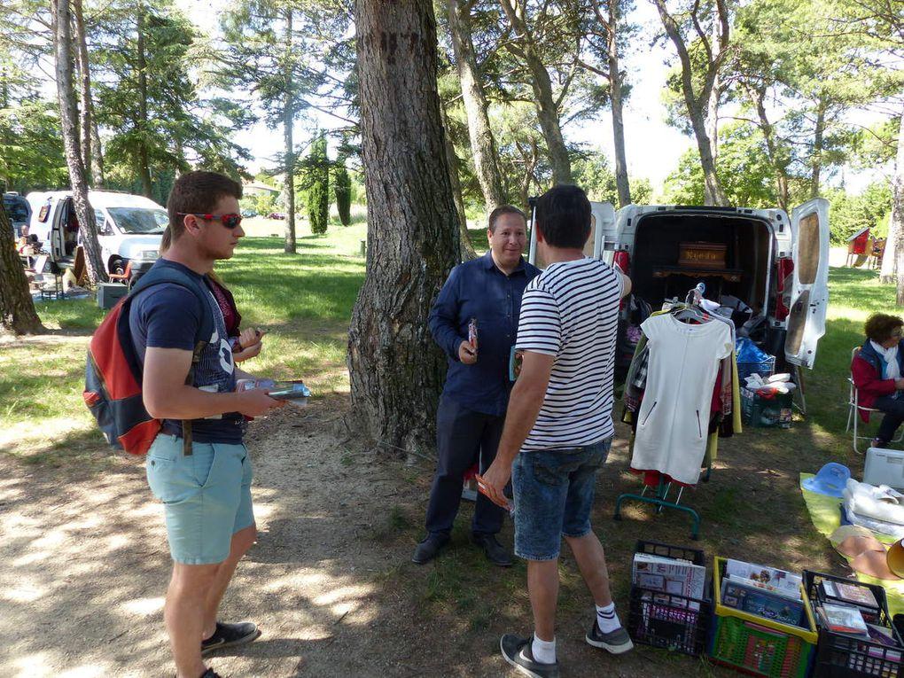 Diaporama de la caravane des Insoumis du Haut Vaucluse (dimanche)