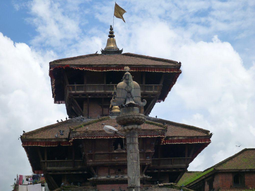 Bhaktapur : Tachupal Tole et ses temples