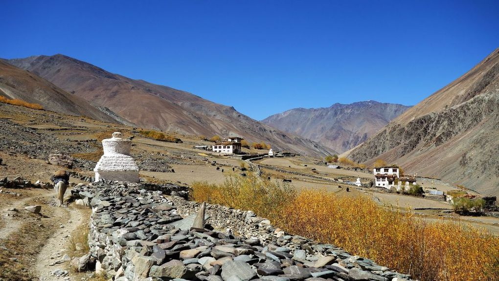 Chorten (stupas)