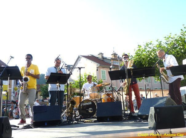 The CubanoSax Quintet à Gap
