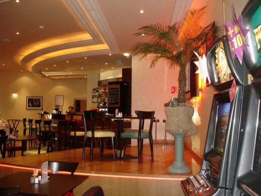 casino noiretable-salle d'exposition au 1er etage