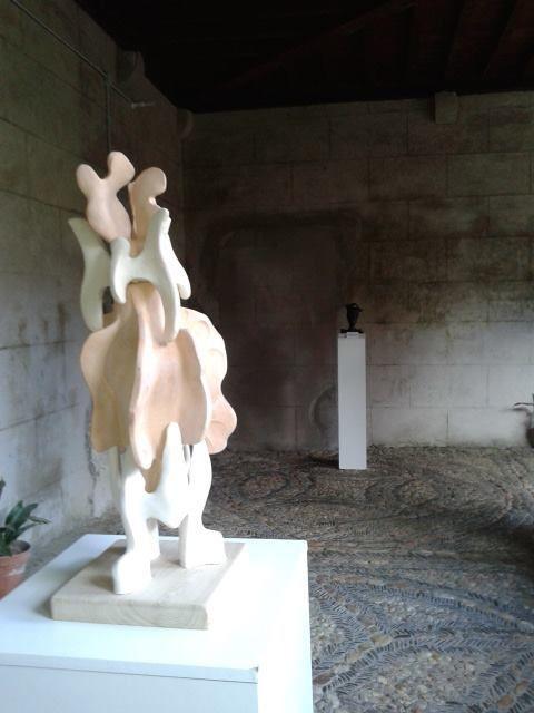 Le déambulatoire du monastère de la Merced à Samos
