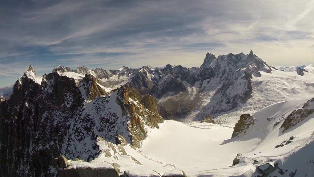 Survol du col du plan, de l'envers des aiguilles et de la vallée blanche / mer de glace