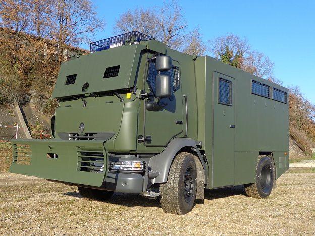 Véhicules et matériels : le MIDS de Renault Trucks Defense