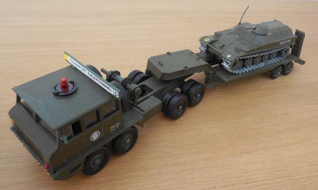Dans la réalité, le T12 est quelque peu surdimensionné pour l'AMX-13...