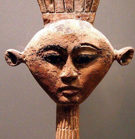 Elle fut exotique, belle, élégante, raffinée, la divine panachée Anouket et le temple d'Ouadi el-Seboua ! (6) en Égypte ancienne !