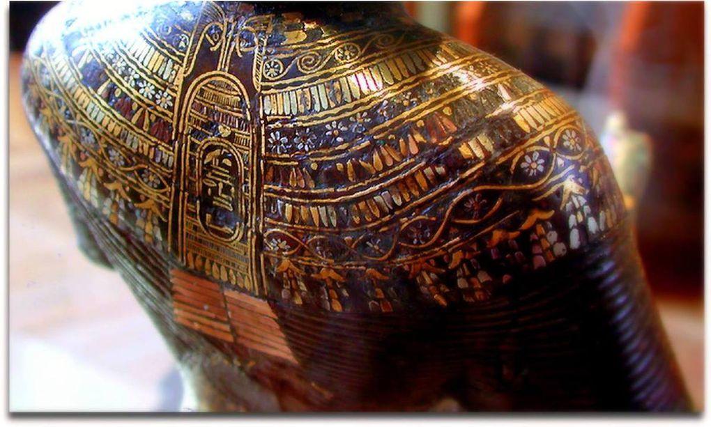Les temples et leurs personnels : pharaon, prophètes, prêtres, prêtresses, les laïques,... (3) En Égypte ancienne !