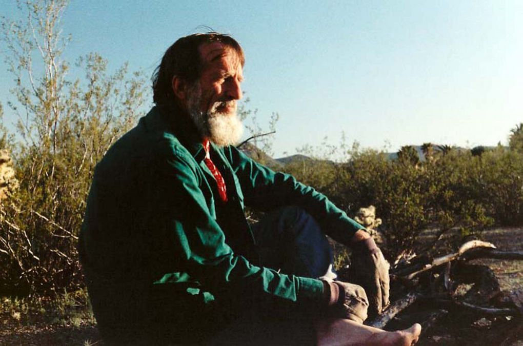 Portraits d'Edward Abbey choisis sur internet.
