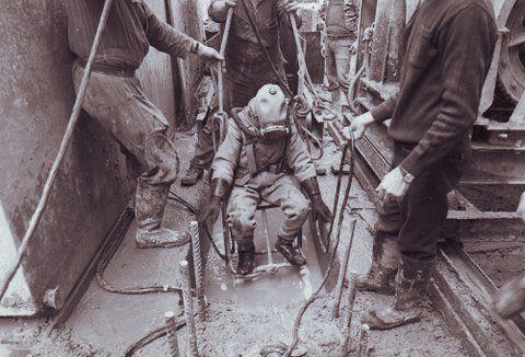 Plongées bentonite dans les années 70 / Mud diving in the seventies - Photos N/B de mon collègue Stephane