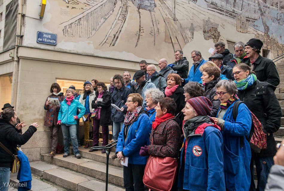 Parcours historique : marche de mémoire sur les pas du mouvement ouvrier nantais. Photos : Yves Monteil