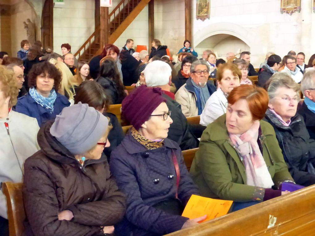 Le public était nombreux pour écouter cette belle chorale