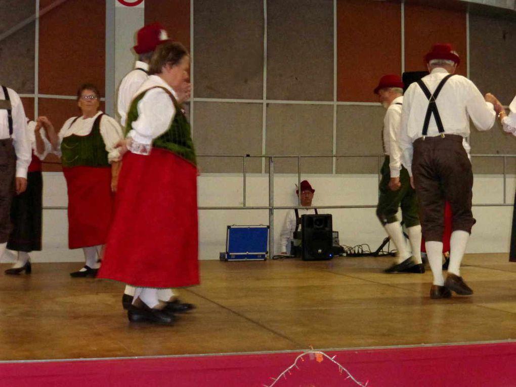 """Le groupe folklorique """"La vallée de Bercé"""""""