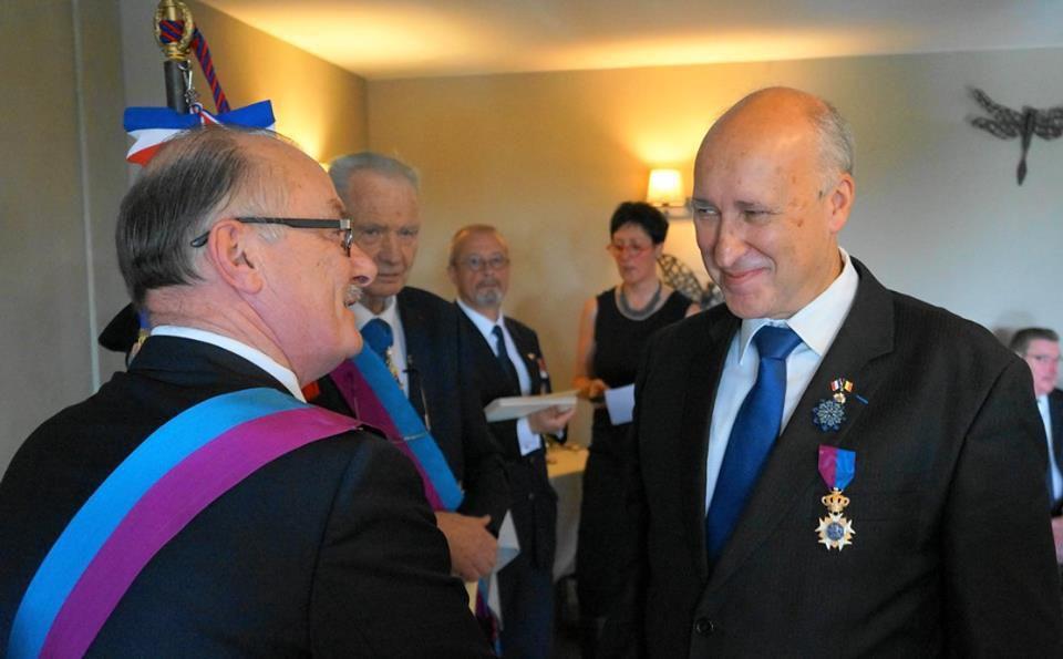 Le vice-président national Claude BARTOS, lors de la remise à Tournai (Belgique)
