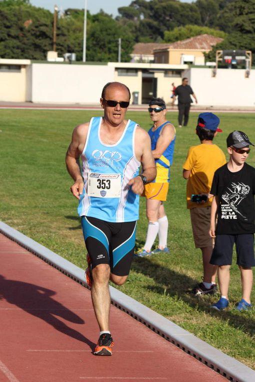 La série du 800 m par François.