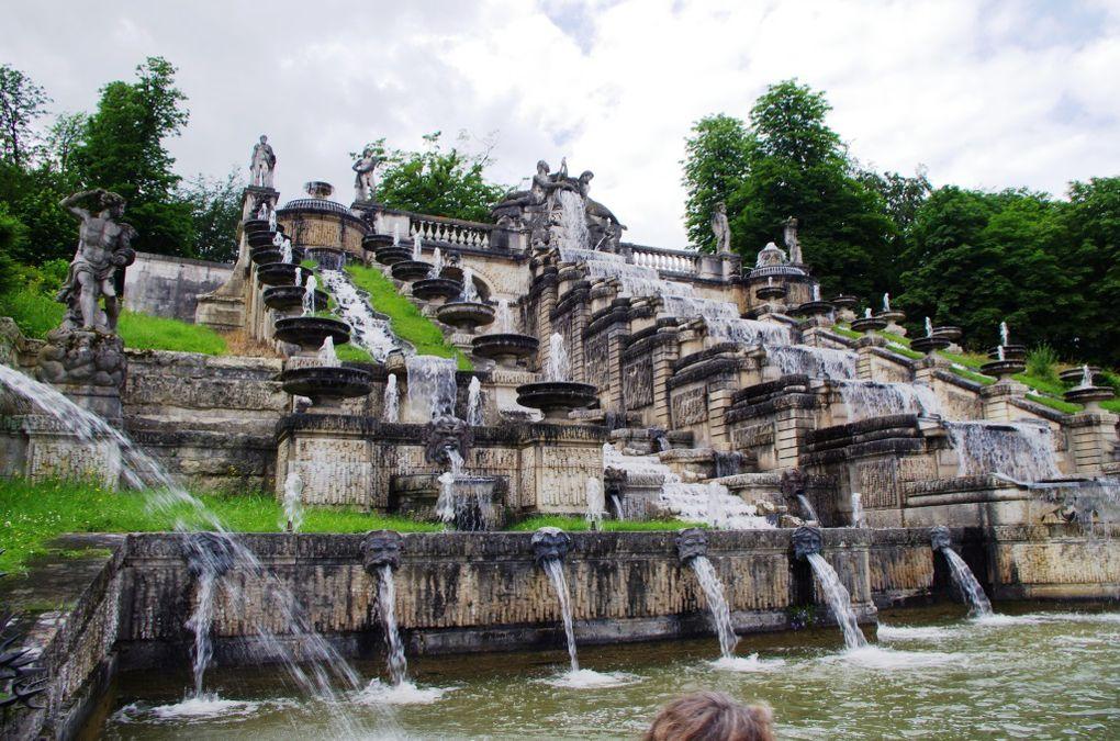 La grande cascade et les fontaines du parc de Saint-Cloud