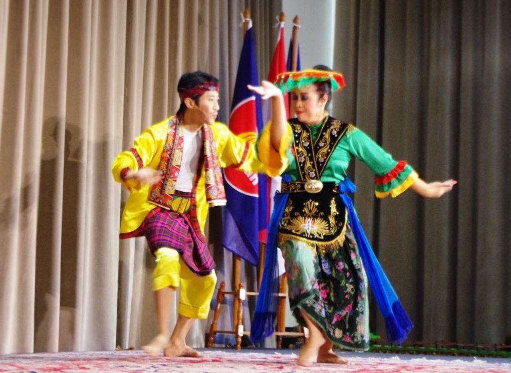 Couleurs d'Indonésie au Pavillon Dauphine