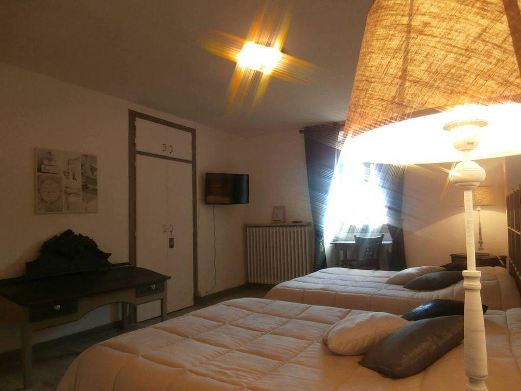 Treguier : le charme de l'Hotel Le Saint Yves en centre ville pour vos séjours d'agrément