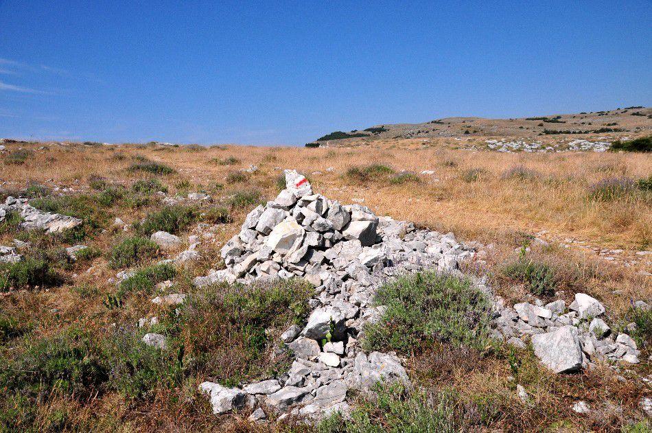LE DESERT DE CLAPS CALERN (2)