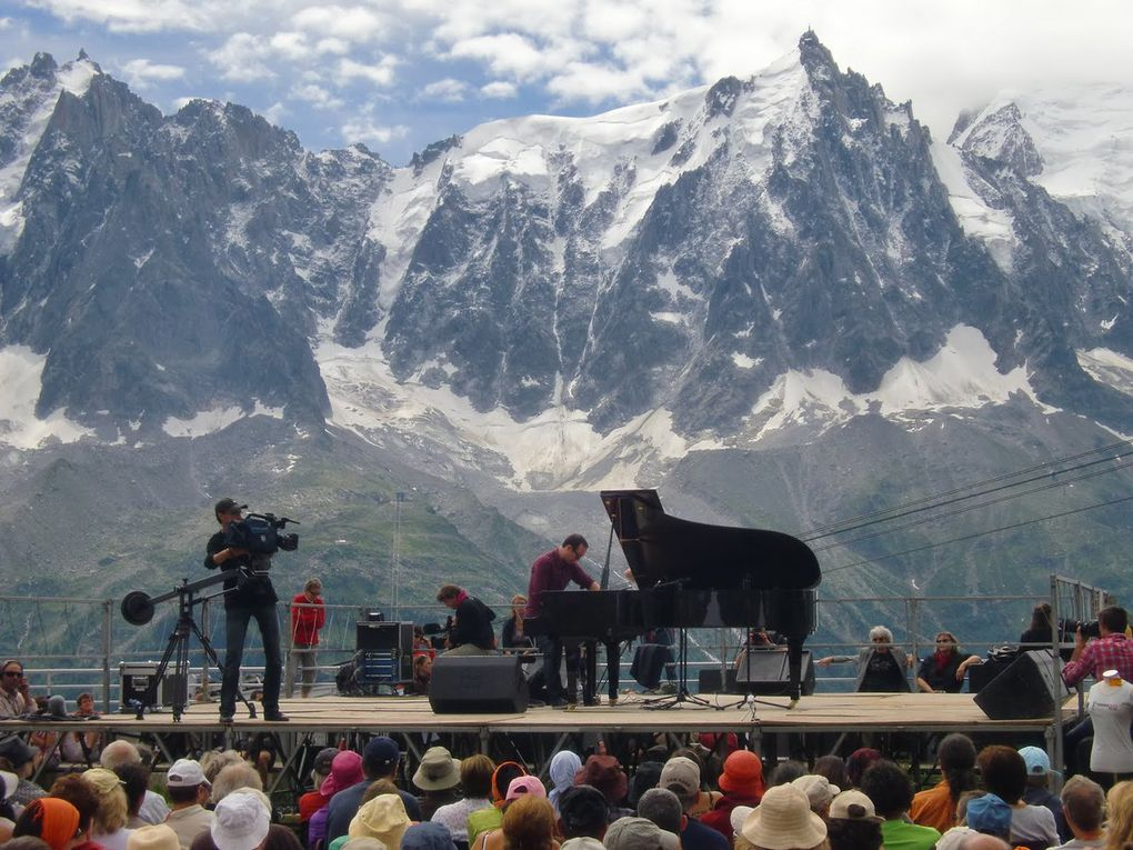 "source Google "" cosmo jazz chamonix """