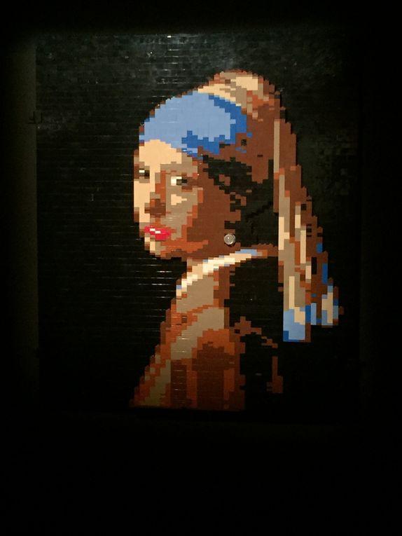 Eloignez-vous de votre micro, ou de votre téléphone/tablette pour regarder ces photos ... Quand on sait le peu de couleurs utilisées par Nathan Sawaya en comparaison de la palette des peintres, cela interpelle.