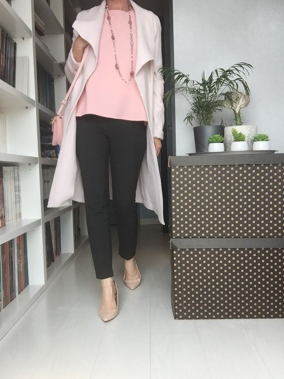 manteau : NewLook - sac : Ladiesbag_26 - pantalon : Zara
