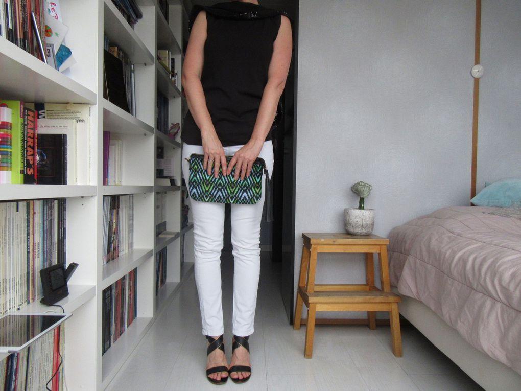Robe : Shirel - pantalon blanc : Kookai - pochette : Parfois - pantalon pieds-de-poule : Isabel Marant