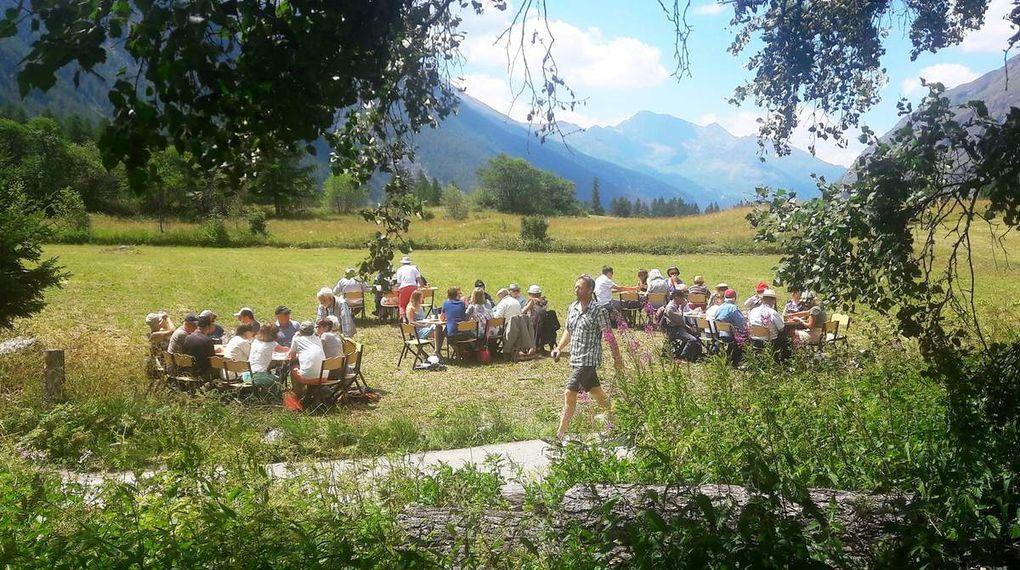Bessans : fête au hameau du Villaron