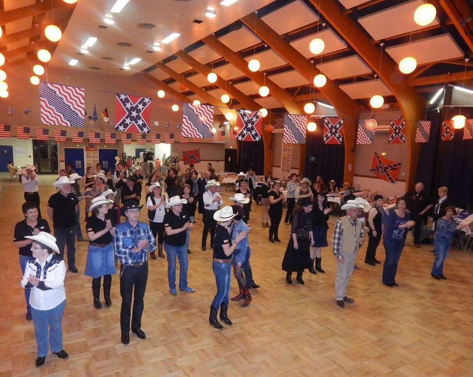 Très beau bal country à Ferrieres, beaucoup de monde, des danses pour tous, une super soirée, merci a l'equipe de Ferrières pour cette soirée