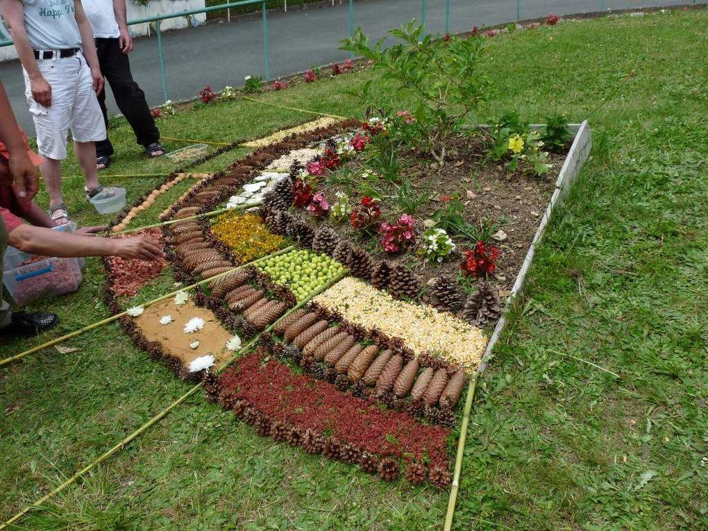 Merveilleux souvenir de ces deux journées de créations  land art et de cette journée graff végétal .