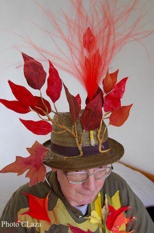 Les chapeaux et costumes de l'ami Denis