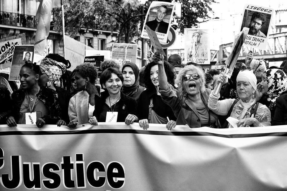 Femmes en lutte à la marche de la dignité et contre le racisme  : Khlass !