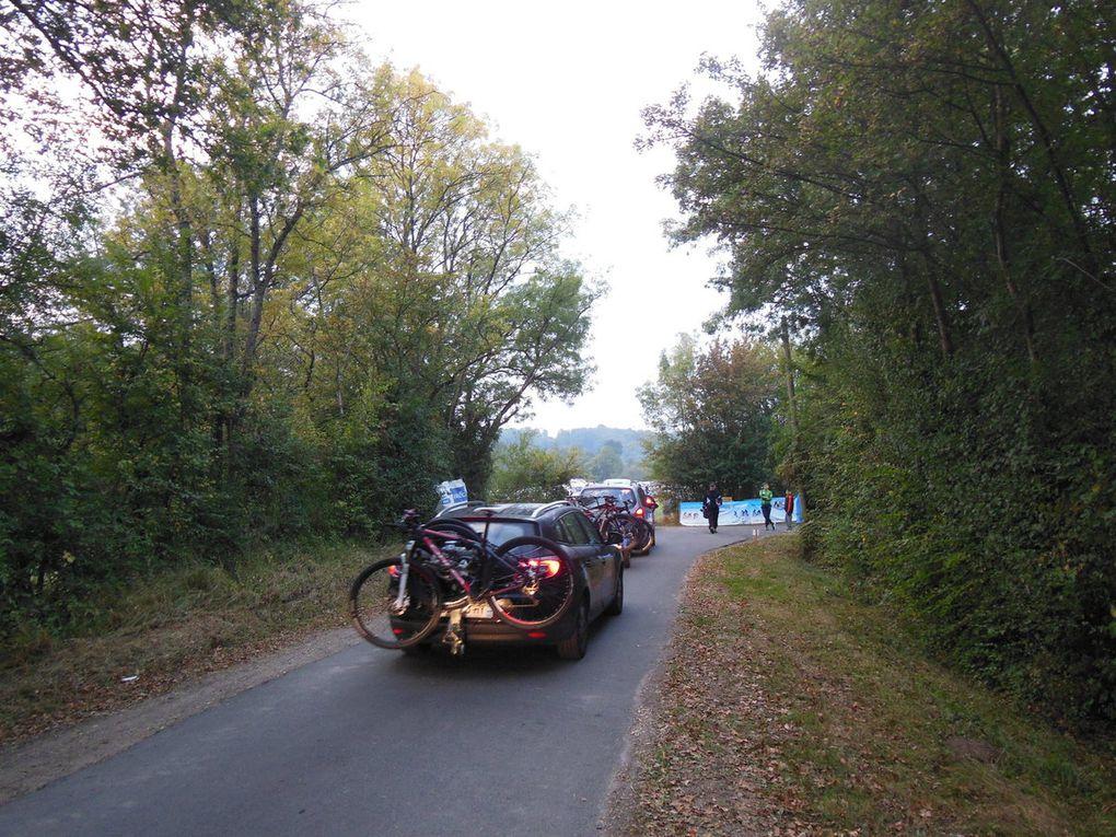 Dès 8 heures, un peu plus de 1200 marcheurs et cyclistes se sont donnés rendez-vous au gîte d'Asnières.