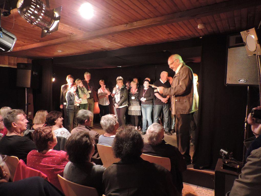 Photos... RIRE EN VOSGES .... le trophée COQ I RIT a été attribué à .......