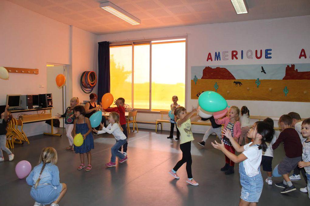 Retrouvailles  avec les Moyens : des jeux, de la peinture et une séance de motricité avec les élèves de l'autre classe.