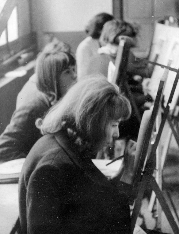 Samedi matin en 1962, retouche sur positif papier, dans le Studio Lumière du jour.