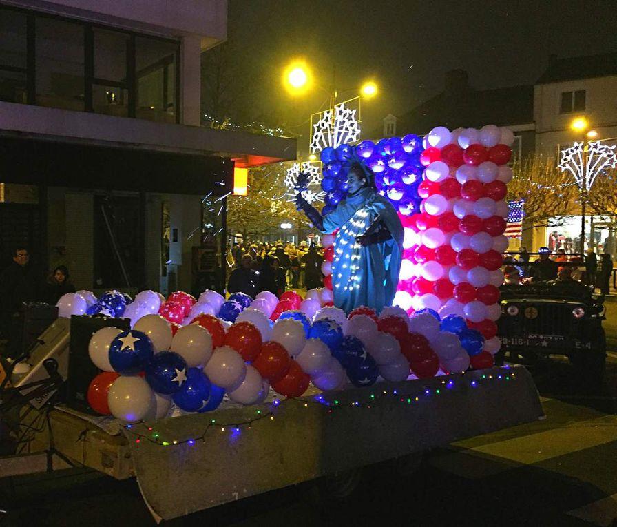 Quelques images de la Parade de Noël 2016 à Châteauroux