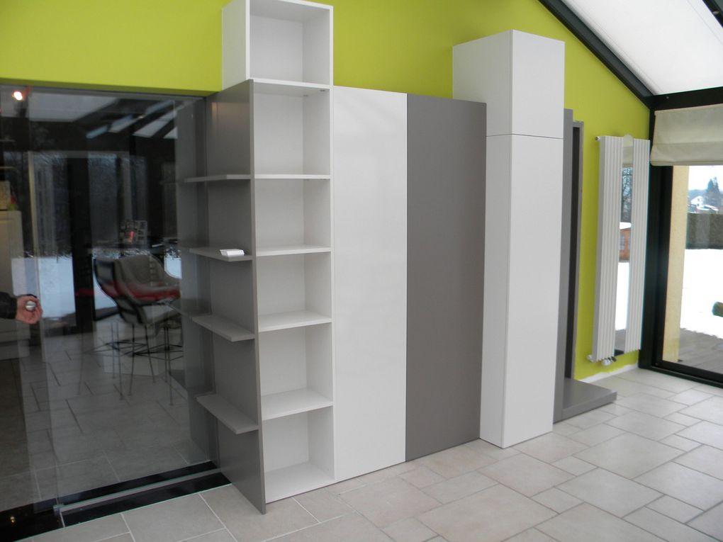 Am nagement int rieur meuble bureau et de passage entre for Amenagement interieur d une veranda