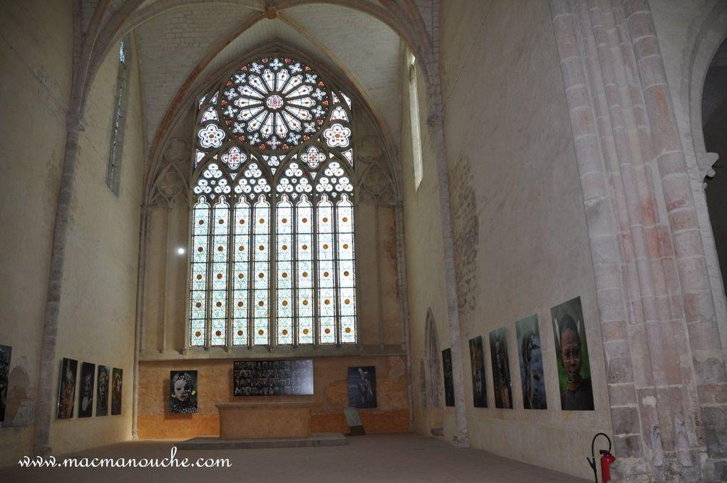 Diaporama de l'intérieur de l'Abbaye de l'Épau.