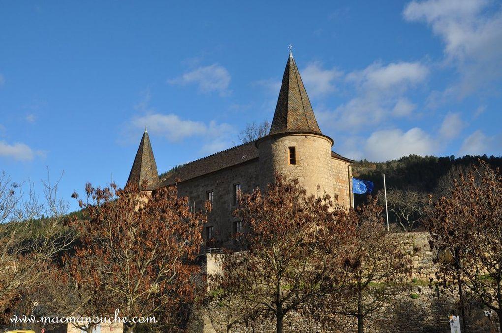 Diaporama du château de Florac   (défilement automatique ou en cliquant)