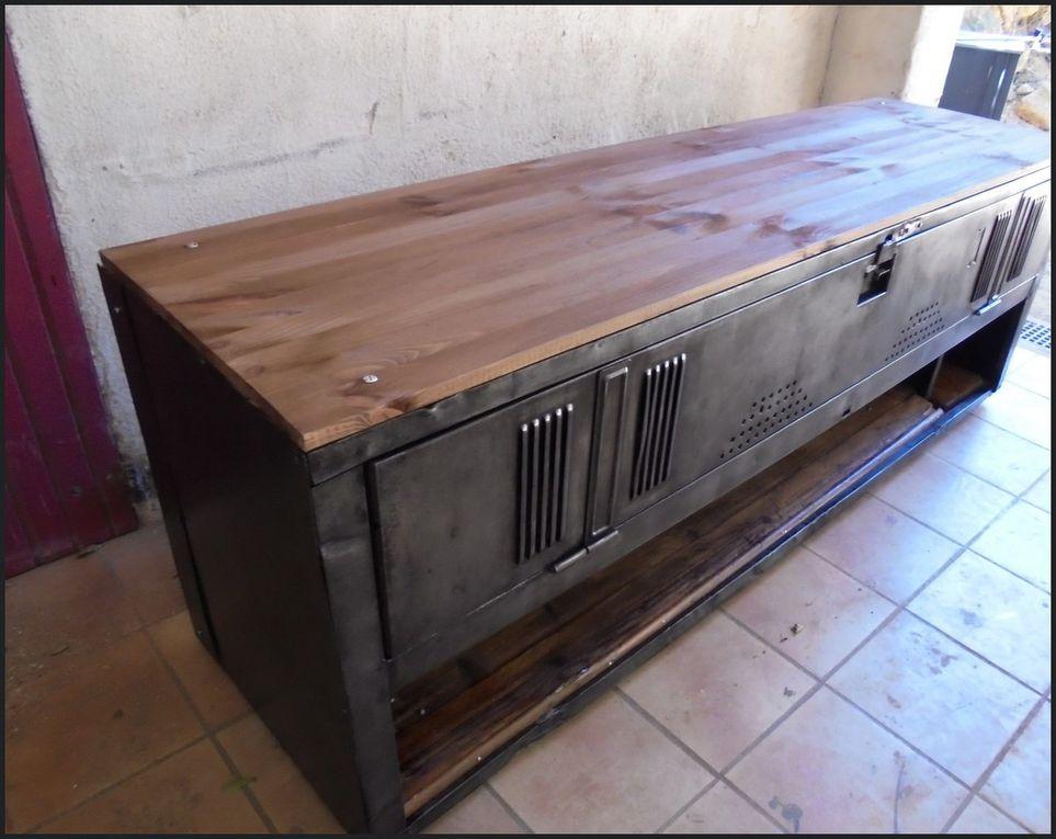 Meuble tv/ hi-fi industriel.