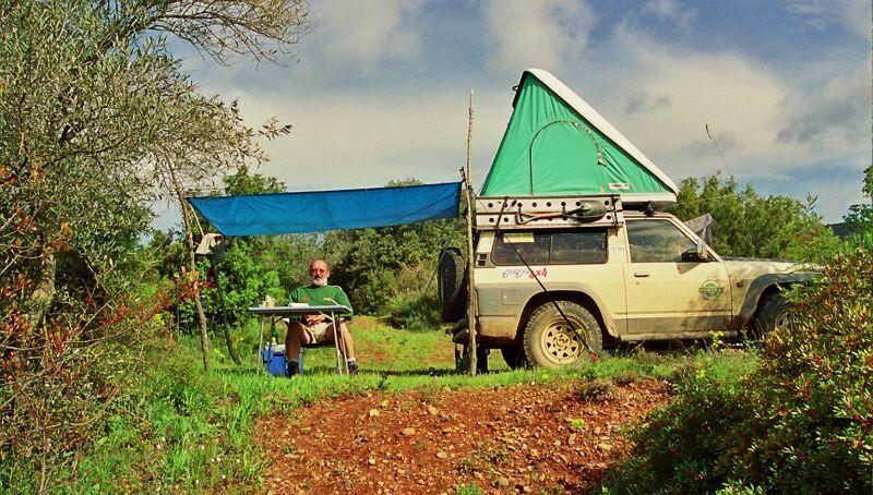 Après avoir installé mon Bivouac, j'ai passé là une semaine de nature et de solitude. Photos JLA
