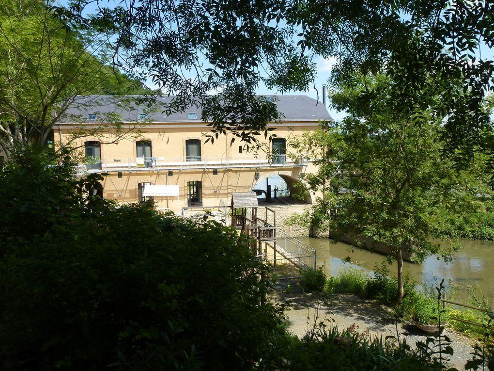 Le moulin de Cherré (Aubigné-Racan). Très beau gîte au bord du loir.