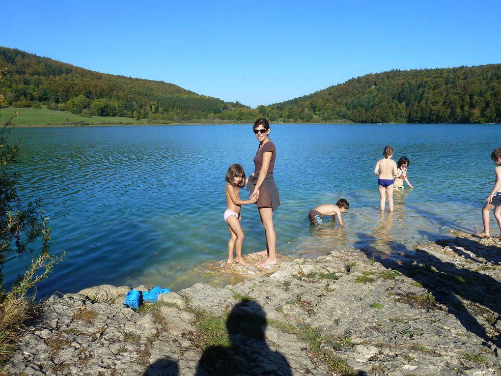 promenade à Arbois, baignades dans les lacs du Jura, Ski alpin aux Rousses, randonnée au crêt de la neige, au crêt de Chalam, les cascades du hérisson, balade à Nyons (lac Léman), Le pic d'Oliferne avec vue sur l'Ain,
