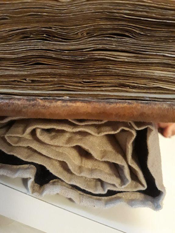 Une bible parisienne acquise  par les moines du Mont Saint Michel