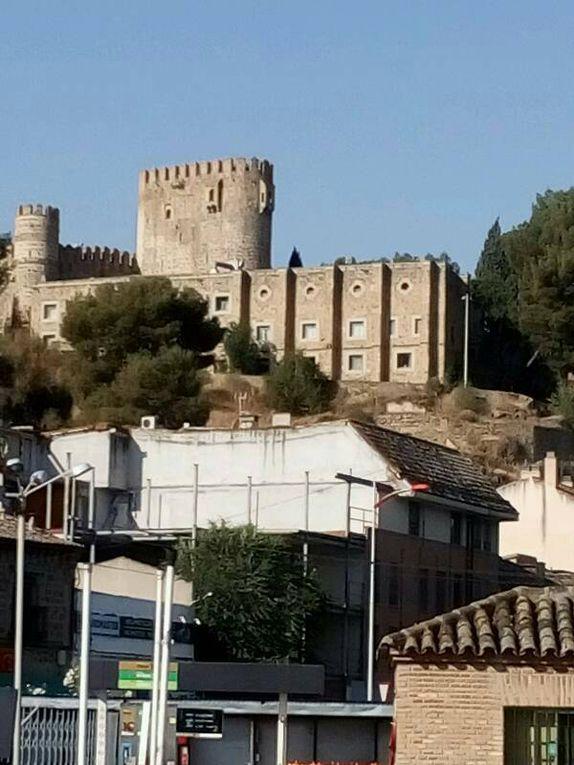 Tolede, ville accueillante par ses monuments et la possibilité de monter dans la vieille ville en Escalator.