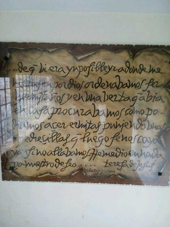 Sainte Thérèse : son écriture, l'église qui lui est consacrée.