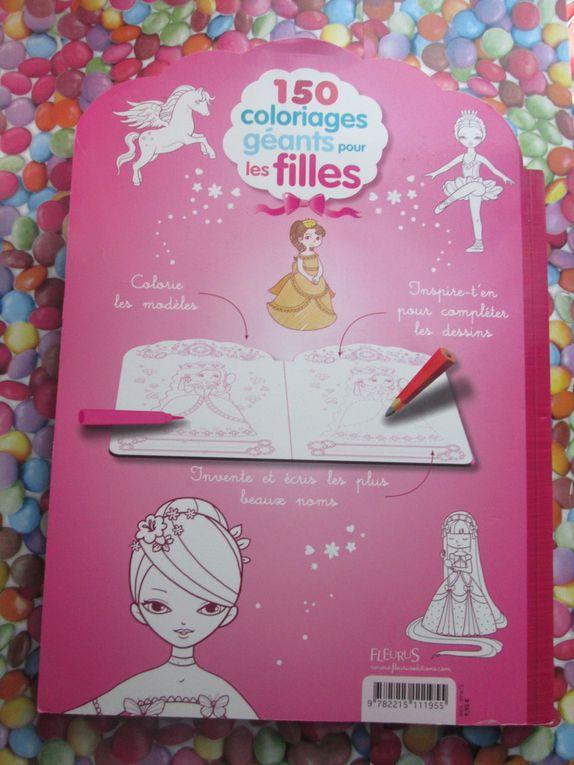 le livre 150 Coloriages géants pour les filles