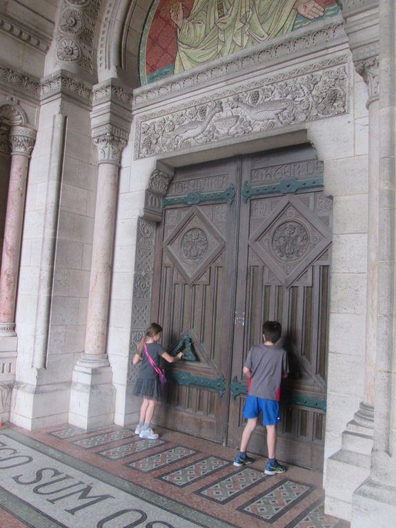 Quelques photos de l'intérieur de la Basilique