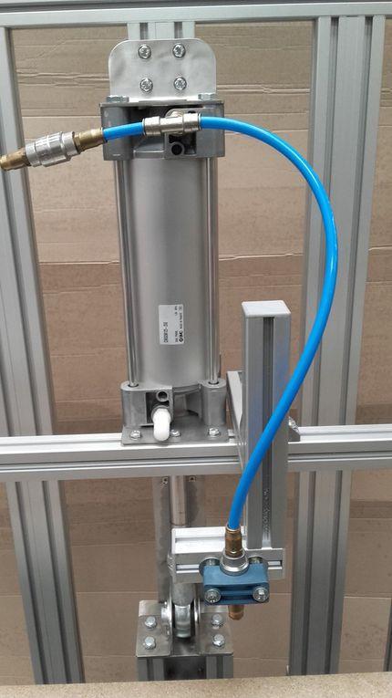 Pompe et module de réglage de volume